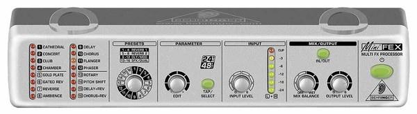 Мультиефект-процесор  Behringer MINIFEX FEX800