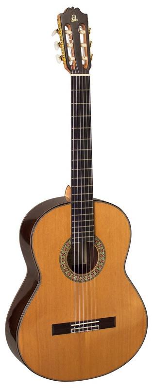 Класична гітара ADMIRA A20