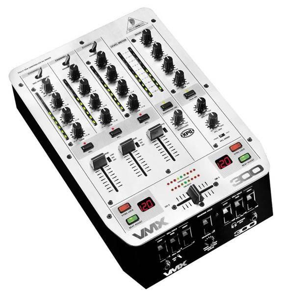 DJ микшерный пульт Behringer VMX300